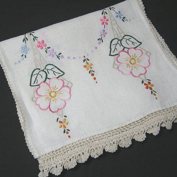 Vintage 1960s or Earlier Linen Dresser Scarf or Doily with Hand Embroidered Flowers & Crocheted Lace Trim