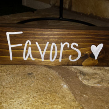 Rustic Favors Sign, Rustic Event Decor, Rustic Country Wedding Decor, Rustic Sign, Bridal Shower Decor, Wedding Sign, Baby Shower Decor