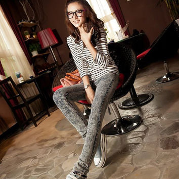 Light Gray Snowflake Printed Trousers