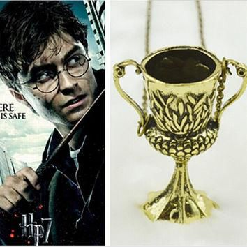 2015 Free shipping Movie Jewelry harry potter hufflepuff cup necklace vintage antique