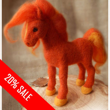 Needle felted orange toy horse animal totem Wool felt figurine pet Gift Home Decor