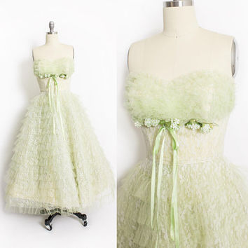 Vintage 1950s Dress - Green Lace Tulle Ruffle Sweetheart Strapless Full Skirt Party Prom 50s - XS Extra Small