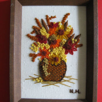 Vintage Autumn 80s Wall Hanging Bouquet of Flowers Crewel Embroidery Wall Hanging Home Décor