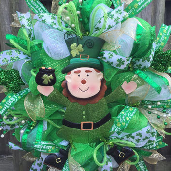 St Patricks Day Wreath, Leprechaun Wreath, Spring Wreath, Spring Deco Mesh, St Patrick Day, Shamrock Wreath, Pot of Gold, Deco Mesh Wreath
