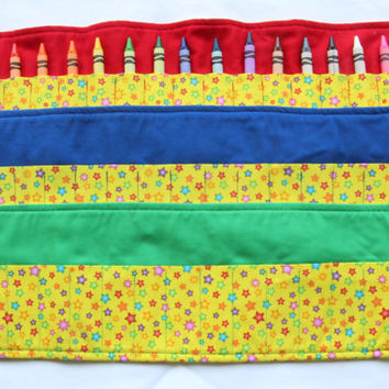 Crayon Roll Stars, Crayon Holder, Birthday Party Favor, 16 Crayola Crayons Included
