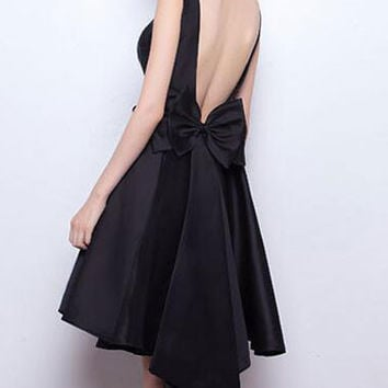 Fashion 2016 Homecoming Dress Black Sleeveless Satin Open Back Bow Midi Evening Gown Dress