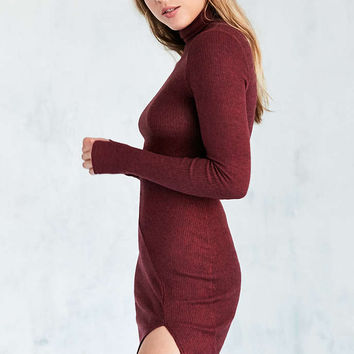 Silence + Noise Cozy Mock Neck Midi Dress - Urban Outfitters