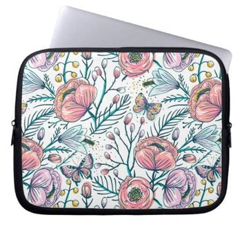 Chic Vintage Pink Rose Flower Laptop Sleeve