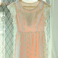Beaded Neckline Floral Lace Short Sleeve Chiffon Pleated Mini Dress