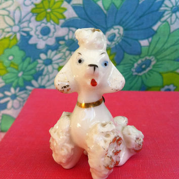 Spaghetti poodle figurine!! Vintage,1950's, kitsch, posh poodle dog figurine, made in Japan!