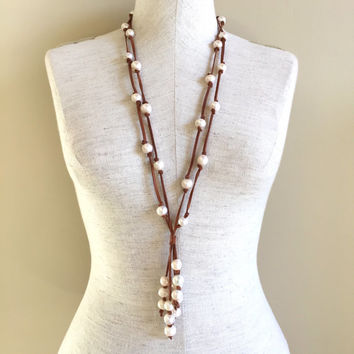 Leather and fresh water pearl necklace, long pearl and leather necklace, leather and fresh water pearl Y necklace, boho beach necklace