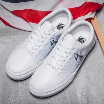 DCCKBWS Trendsetter VANS Old Skool Statue of Liberty Leather Sneakers Sport Shoes