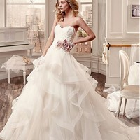 [208.99] Marvelous Tulle & Stretch Tulle Sweetheart Neckline Ball Gown Wedding Dresses with Beaded Lace Appliques - Dressilyme.com