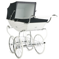Silver Cross Balmoral Pram in Cream and Black