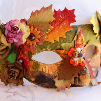 Autumnal Mulberry Flower Renaissance Fair Masquerade Ball Mask