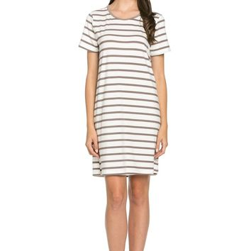 All About Stripes Dress Cocoa