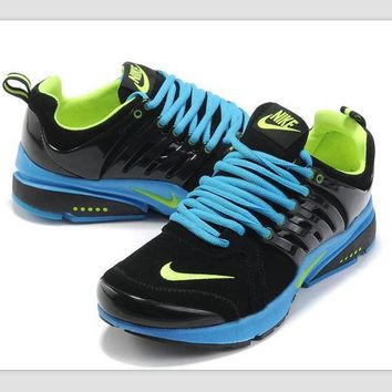 NIKE new lightweight casual shoes sports shoes Black fluorescent green
