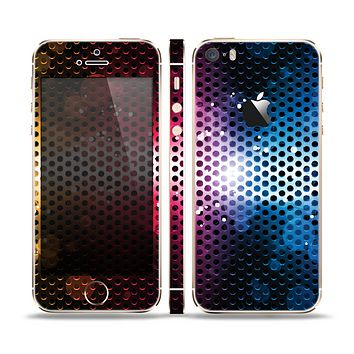 The Neon Glowing Grill Mesh Skin Set for the Apple iPhone 5s