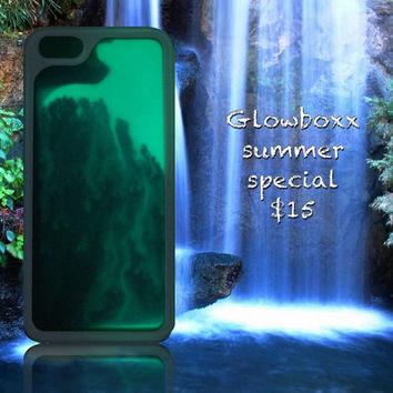 GlowBoxx glow in the dark sand art iPhone 5 or 5/s case. A new design every time!