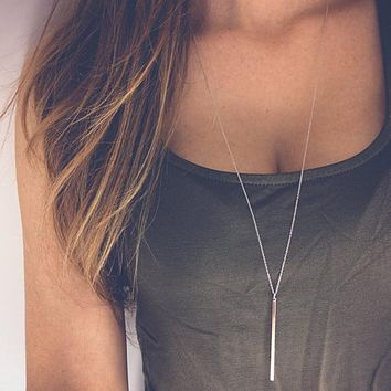 Simple Layering Stick Pendant Necklace