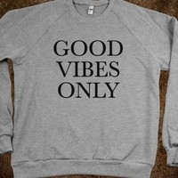 Good Vibes Only Sweatshirt (IDA312350)