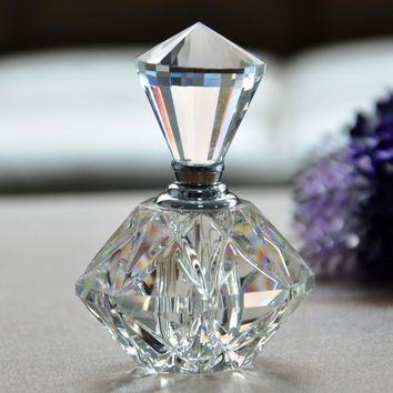 2016 New Hot Women Mini Crystal Cut Transparant Perfume Bottle Glass Bottle Refillable Gift Empty Refillable Perfume Bottle