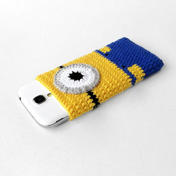 Despicable MINION phone case, Minion Nexus 5 cozy, Minion Galaxy S5 case, iPhone 5 sleeve, minion Nokia Lumia 520 case, character phone cozy