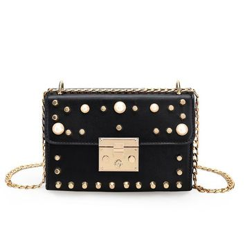 2017 new Luxury brand rivet bag women messenger bags Small Pearl cross body chains shoulder bags fashion handbag free shipping