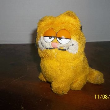 "vintage 1981 dakin orange garfield the cat plush 5"" tall"