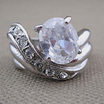 Vintage Rhinestone Cocktail Engagement Ring Size 8