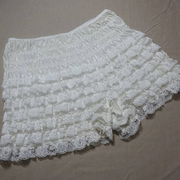 1980s Vintage Square Dance Lace Ruffle Lady's Bloomers or Panties in White, Size Medium, Vintage Square Dance Costume Dress, Can Can