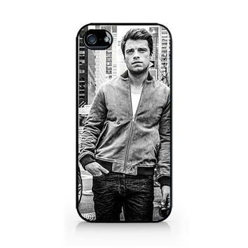 AIPC-497 - Sebastian Stan - Bucky Barnes - Winter Soldier - Iphone 4/4s, Iphone 5/5s hard plastic case