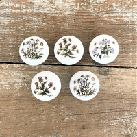 Drawer Knobs 5 Drawer Pulls Flower Ceramic Drawer Pulls Vintage Ceramic Knobs Pink Flower Knobs White Cabinet Drawer Pulls Cottage Chic