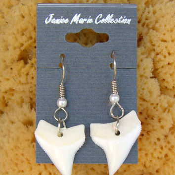 Genuine Shark Teeth Ear Wire Earrings Silver Tone with Pearl no. 8372