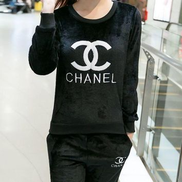 CHANEL Sweatshirt Sweater Pants Sweatpants Set Two-Piece Sportswear G