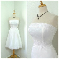 Vintage 1950s White cotton dress Embroidery lace Strapless Molly Bridal Wedding Gown Small