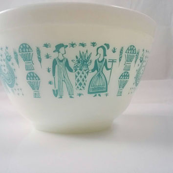 Pyrex Amish Butterprint Turquoise on White Small Mixing Bowl, Pyrex Mixing Bowl Turquoise on white 401 - 1 1/2 pint, Butterprint