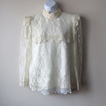 80s Ivory Cream Lace Blouse -- Satin, Crocheted Lace, Sailor Collar -- Gorgeous Romantic Shabby Chic Dolly Kei / Mori Kei Blouse!