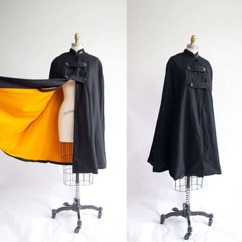 Vintage 1940s Nurses Cape / Black and by GingerRootVintage on Etsy