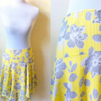 Spring / Summer Sale: yellow and gray floral skirt (28 inches)