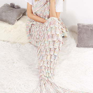 Multicolor Textured Fish Tail Knit Mermaid Blanket | MakeMeChic.COM