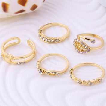 ONETOW Peach heart leaves crown set rings ring crystal rings five sets