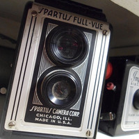 Vintage Spartus Full Vue Camera, 1940s USA Chicago Made Bakelite Box Camera, Working Condition