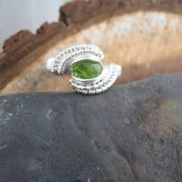 Wire Wrap Ring Size 8 Peridot Gemstone Sterling Silver