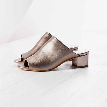 Jeffrey Campbell  X UO Darnley Mule- Silver