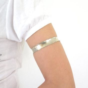 Silver upper arm anticlastic armlet, silver upper arm bracelet