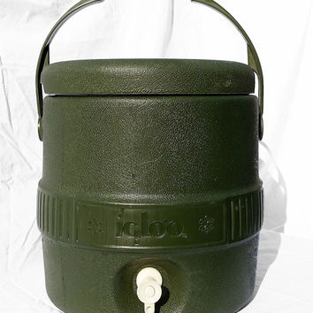 Vintage Camp Igloo, Army Green Large Spout Igloo