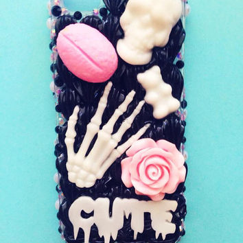 Scary Spooky Kawaii iPhone 5/5s Deco Whip Case