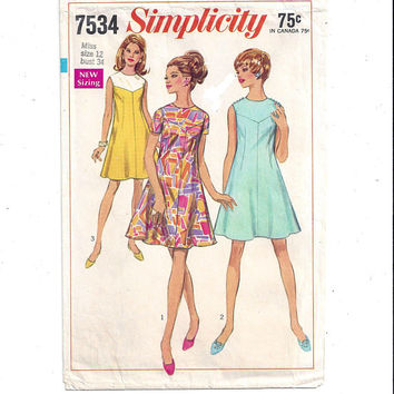 Simplicity 7534 Pattern for Misses' Dress, Size 12, From 1968, New Sizing, V Yoke, Vintage Pattern, Home Sewing Pattern, 1968 Fashion Sewing