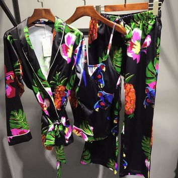 Victoria's Secret Women Silk Satin Print Pattern Vest Tank Top Robe Sleepwear Loungewear Set Three-Piece